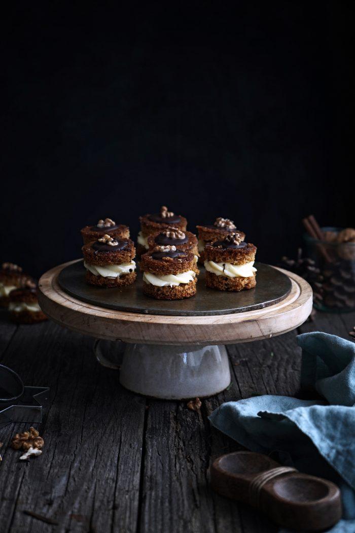 Medové plnené vianočné koláčiky