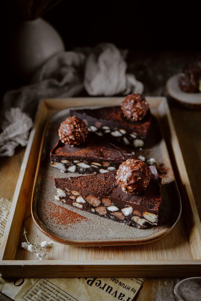 nepečený čokoládový koláčik